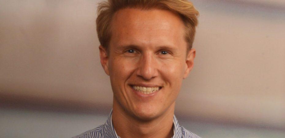 Dr. Nick van Dijk